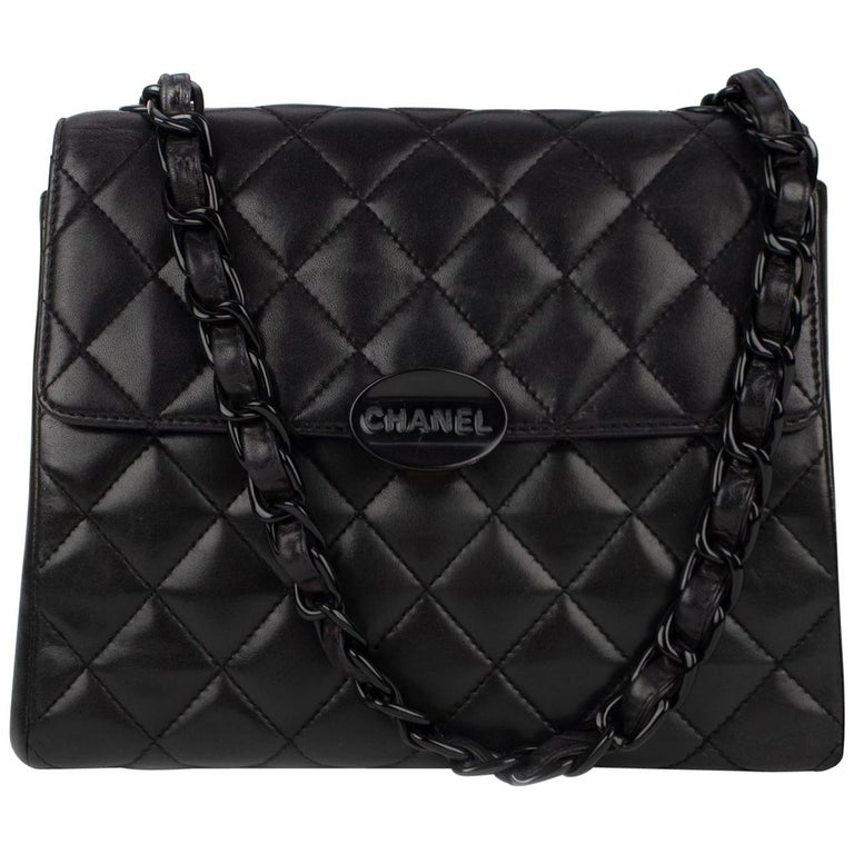 c4630a43777c Handbag Chanel Black Lambskin Leather ! For Sale at 1stdibs