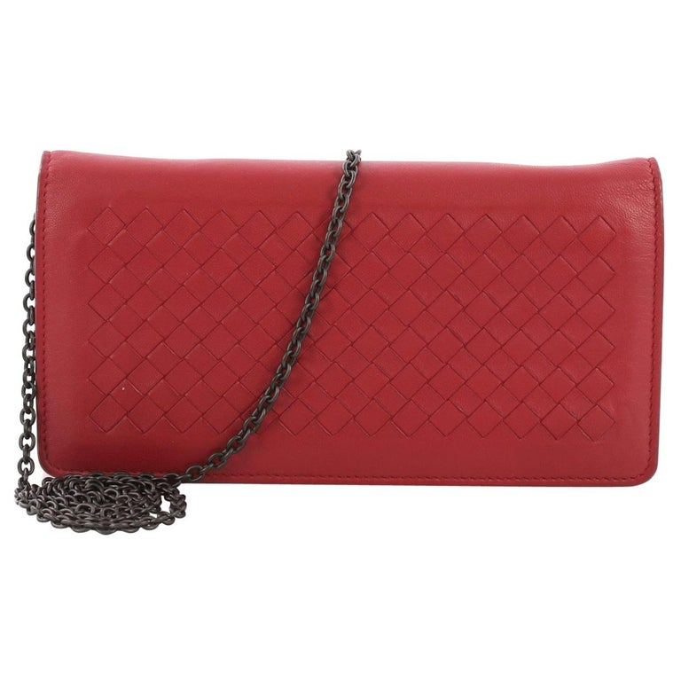 1c1b4492863f Bottega Veneta Wallet on Chain Intrecciato Nappa For Sale at 1stdibs