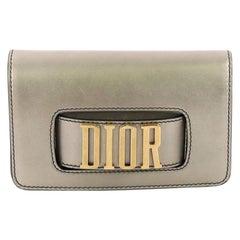 Christian Dior Dio(r) Evolution Unterarmtasche Leder klein