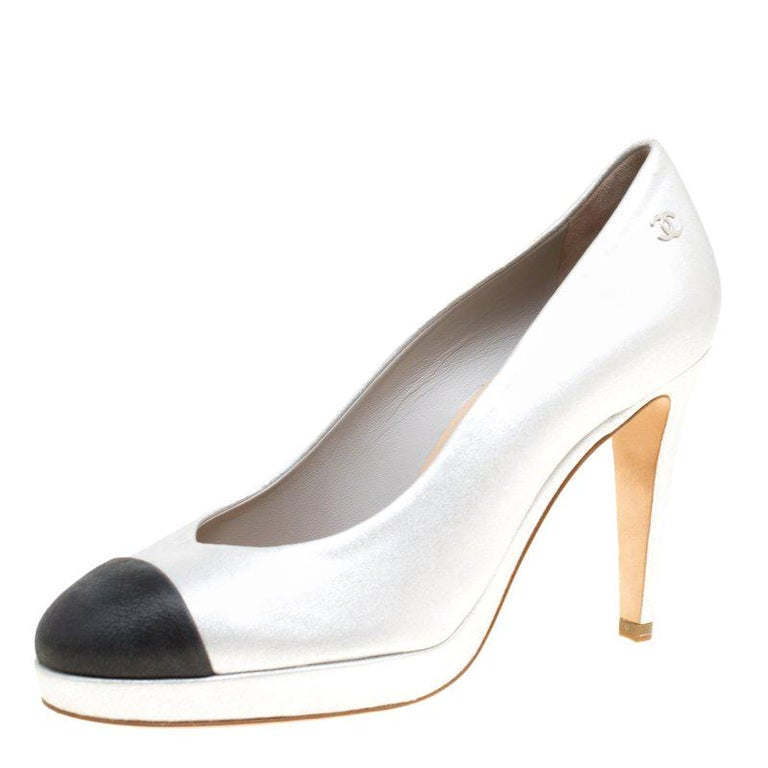 eab3bbaf13 Chanel Two Tone Leather Cap Toe Platform Pumps Size 36.5 For Sale at ...