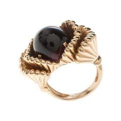 Frou Frou Garnet Cabochon Yellow Gold Ring Size 50