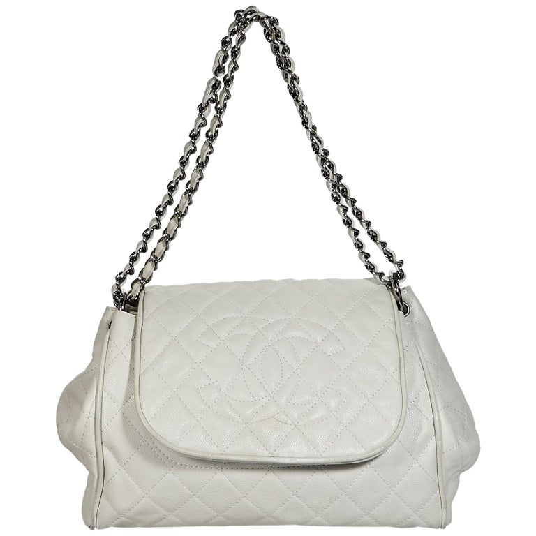d94576eb1b4c White Chanel Quilted Leather Accordion Flap Bag For Sale at 1stdibs