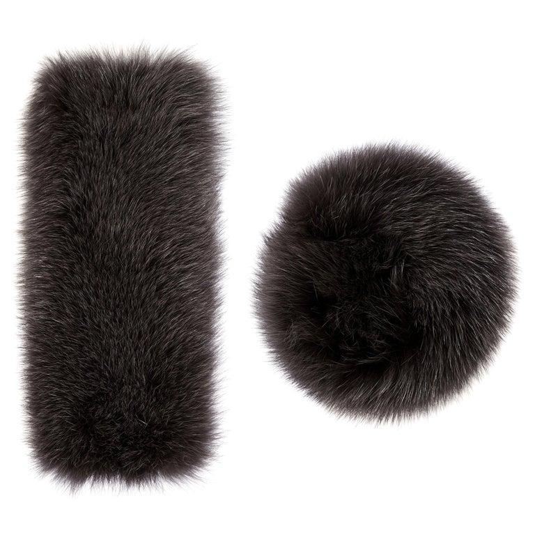 Verheyen London Large Snap on Fox Fur Cuffs in Dark Grey - New  For Sale