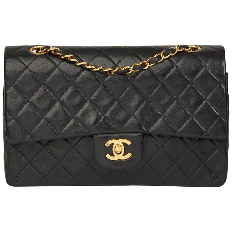 c4fe9f3f8f8c 1994 Chanel Black Quilted Lambskin Vintage Medium Classic Double Flap Bag  For Sale.