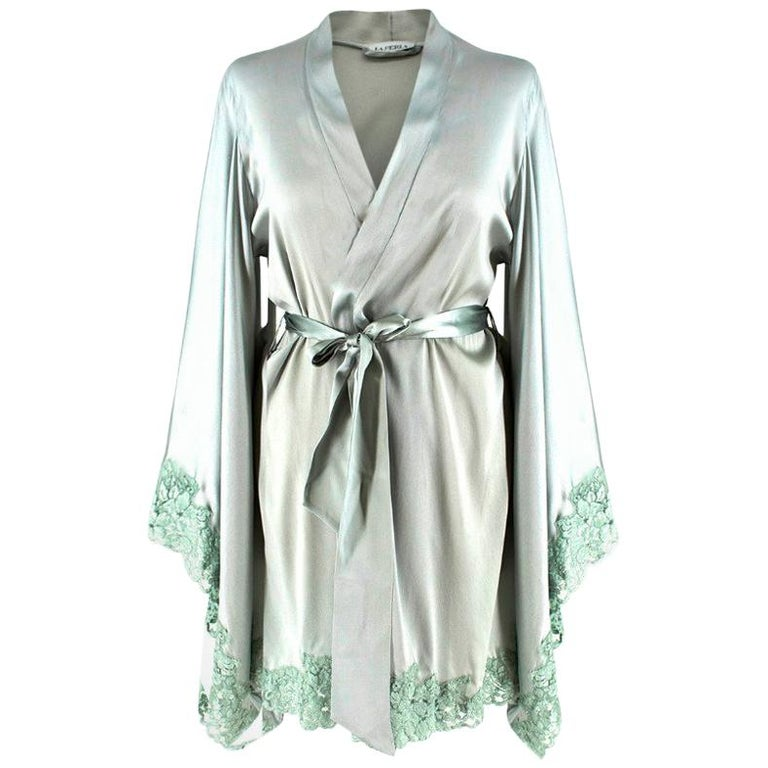 494ad14c5 La Perla Azalea silk-blend satin kimono robe US 4 For Sale at 1stdibs