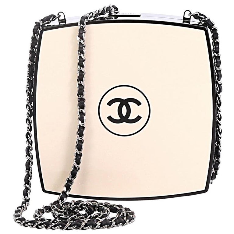ad7bf8d005aa92 Chanel Compact Powder Minaudiere Plexiglass For Sale at 1stdibs