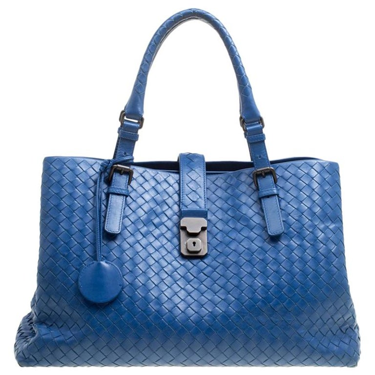 5a034e5a99 Bottega Veneta Blue Intrecciato Leather Roma Tote For Sale at 1stdibs