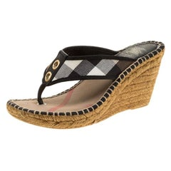 292fe3ff3c26 Burberry Black Novacheck Canvas Espadrille Thong Wedge Sandals Size 35