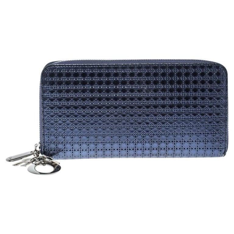 ad0612967ced5 Dior Metallische Blauer Lackleder Damen Geldbeutel mit Reißverschluss 1