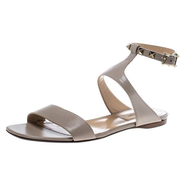 0a8e871fce8e Valentino Beige Leather Rockstud Ankle Strap Flat Sandals Size 37 For Sale