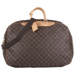 20ea4038fabd Vintage Louis Vuitton Crossbody Bags and Messenger Bags - 353 For Sale at  1stdibs