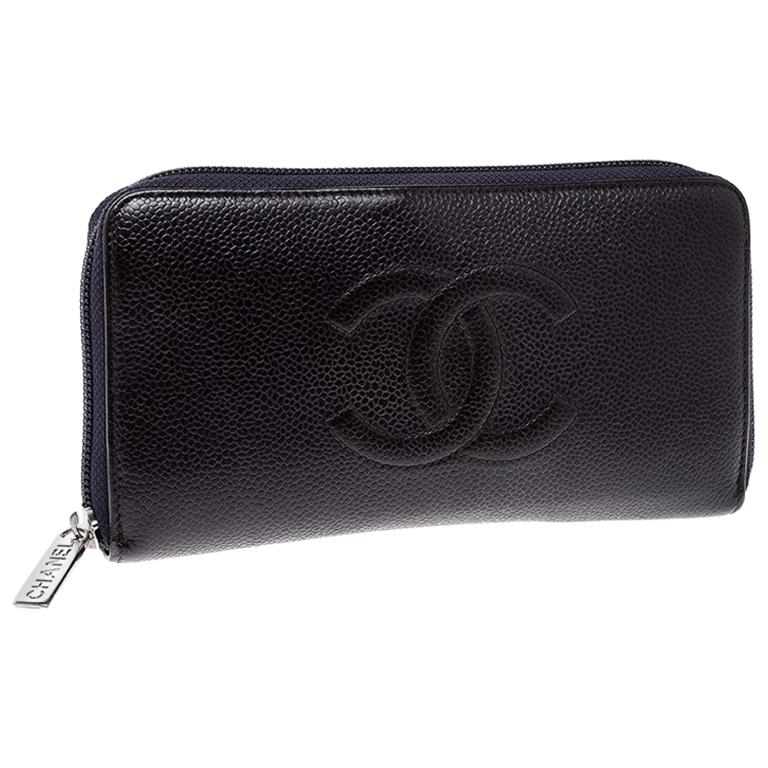 efaa2b20d27e Chanel Purple Leather Timeless L Gusset Zip Around Wallet For Sale at  1stdibs