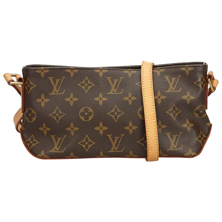 763815298b46 ... Coated Canvas Mess. HomeFashionHandbags and PursesCrossbody Bags and  Messenger Bags. Louis Vuitton Brown Monogram Trotteur For Sale