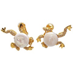 Oscar de la Renta Mother of Pearl Pave Crystal Frog Clip on Earrings in Gold