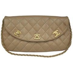 Vintage Chanel 3 Clasps Beige Lambskin Leather Shoulde Bag