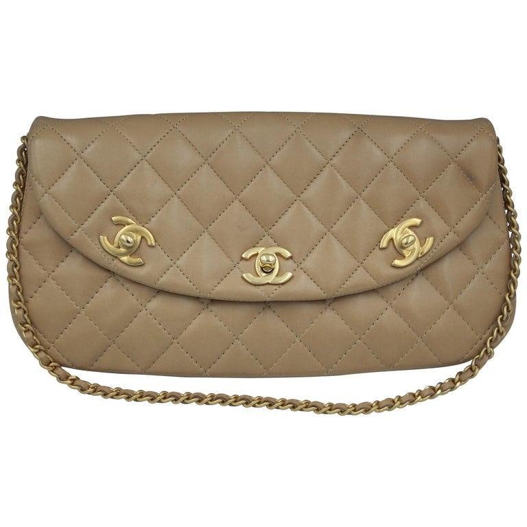 c1e543247fb2e4 Vintage Chanel 3 Clasps Beige Lambskin Leather Shoulde Bag For Sale ...