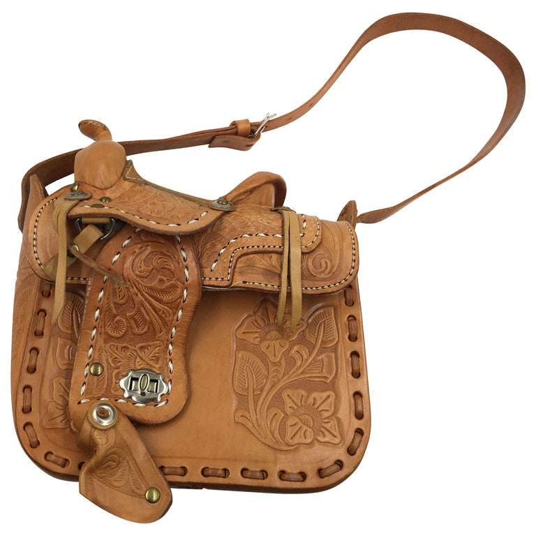 227100fde Handmade, Hand Tooled Mexican Leather and Sheepskin Saddle Shoulder Bag For  Sale