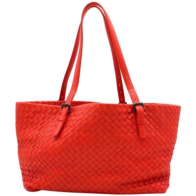 2e7c7fd5a Bottega Veneta Vesuvio Nappa Medium Tote Bag For Sale at 1stdibs