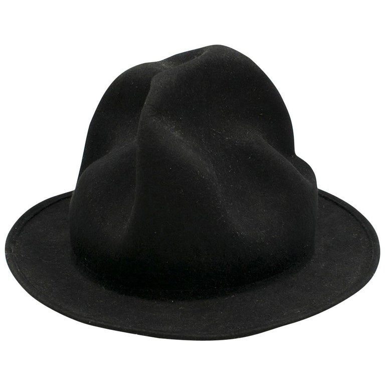 Vivienne Westwood Pharrell Williams Mountain hat For Sale