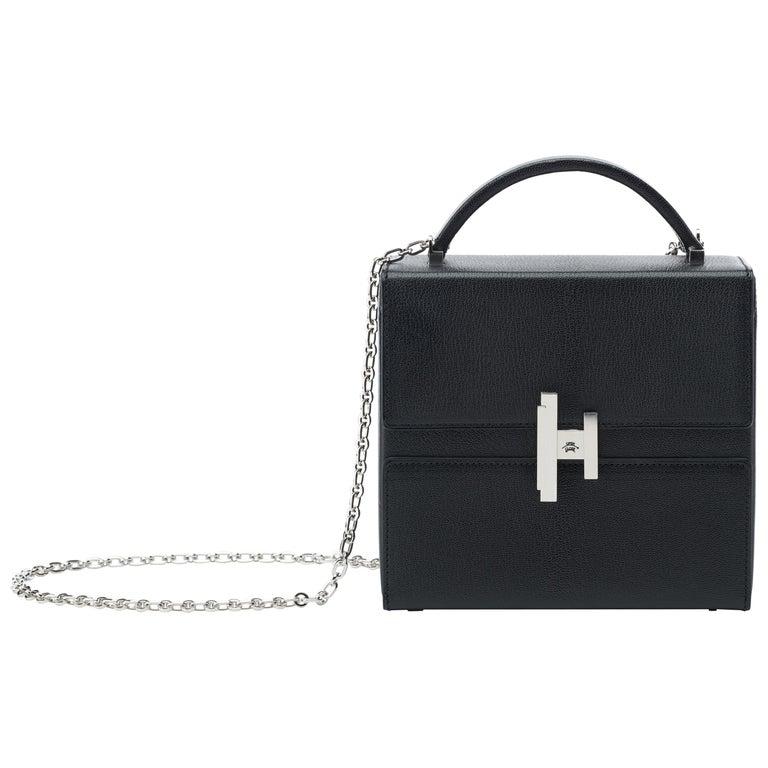 Hermès Cinhetic in Black Chevre Leather with Palladium hardware.  For Sale