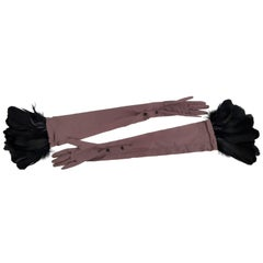 Grey Silk Valentino long gloves with black feathers - For Women - Size 8