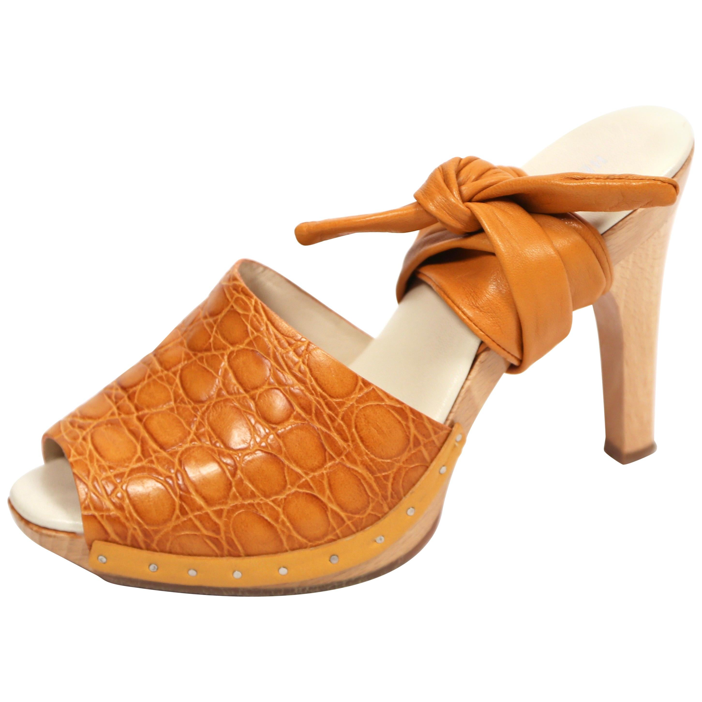 edadd99e5 Wood Heel Shoes - 30 For Sale on 1stdibs
