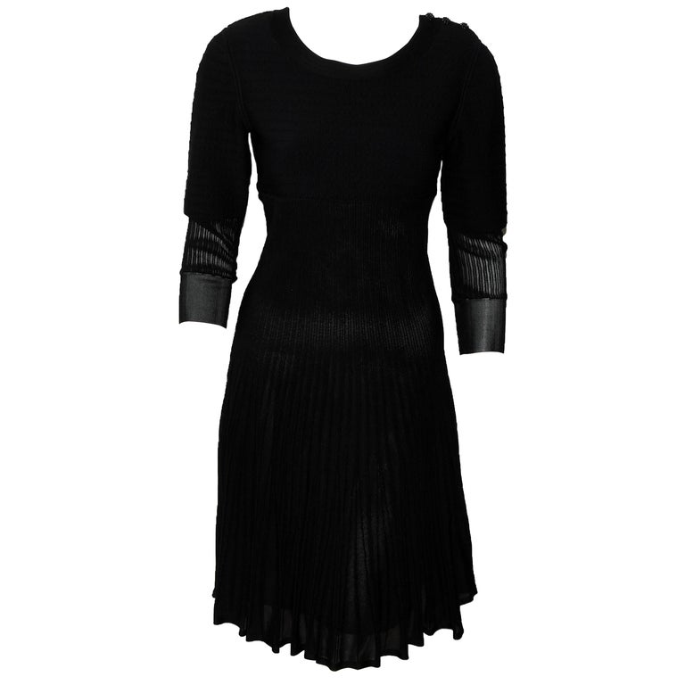 Chanel Black Knit Silk Blend Pleated Long Sleeve Dress 2009 Cruise Collection For Sale