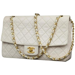 Chanel Classic Flap Quilted Medium 228478 White Leather Shoulder Bag