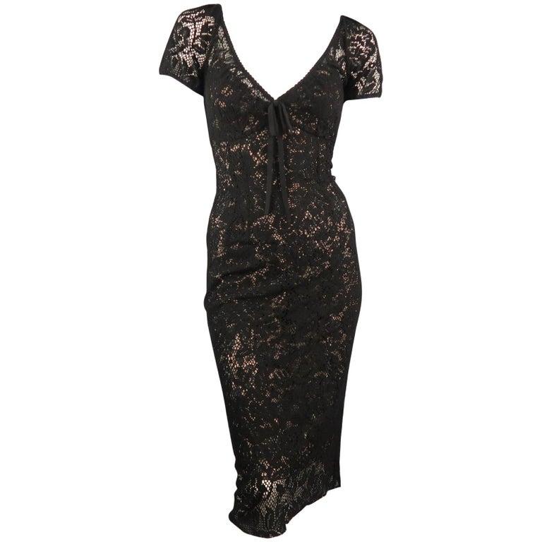 69932f6f67b DOLCE and GABBANA Size 6 Black Lave V Neck Midi Dress For Sale at ...