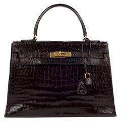 Hermès Kelly 32 sellier vintage bag in brown crocodile, gold hardware !