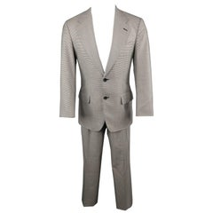 GUCCI 38 Black & White Houndstooth Wool / Silk Notch Lapel Suit