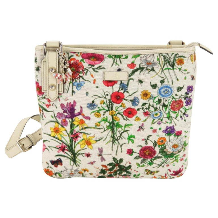 c7a4da873b6a Gucci Floral Pattern Messenger 868604 White Canvas Cross Body Bag For Sale