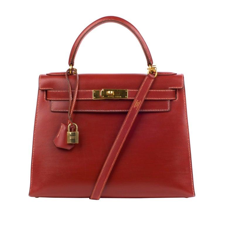 68a8d9cb6282 Hermes kelly 28cm Red Brick box Leather Handbag For Sale at 1stdibs