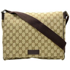 Gucci Monogram Signature Messenger 867749 Brown Canvas Cross Body Bag