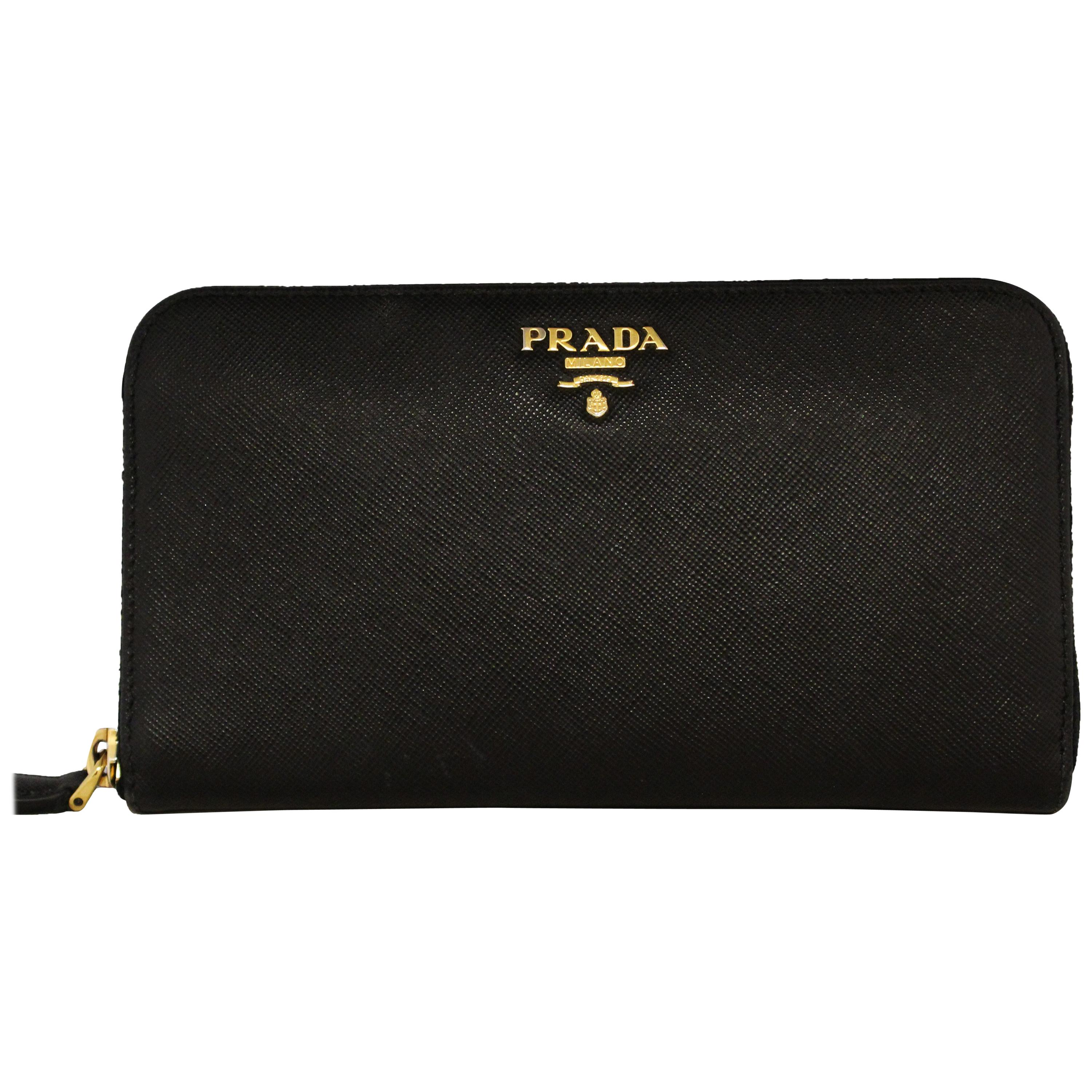 b7b3d7cdc9f2f4 Vintage Prada Wallets and Small Accessories - 50 For Sale at 1stdibs