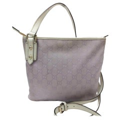 Gucci (Ultra Rare) Lavendar Monogram Gg Signature Cross Body 869599 Purple Canva