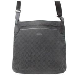 Gucci Monogram Signature Messenger 869182 Black Canvas Cross Body Bag