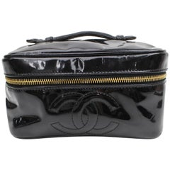 Chanel Black Patent Cc Logo Vanity Case868327 Cosmetic Bag