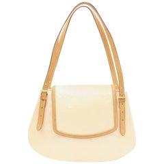 4b96f33220a7 Louis Vuitton Monogram Vernis Marshmallow Biscayne Gm 2189938 Cream Patent  Leath