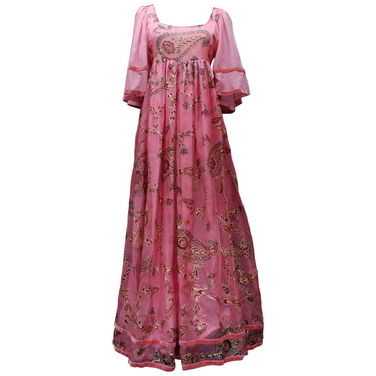 Thea Porter Couture gorgeous pink organza dress with floral print, 1970's For Sale