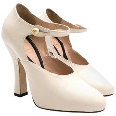 Gucci White 'lesley' Ankle Strap Pumps US 35.5
