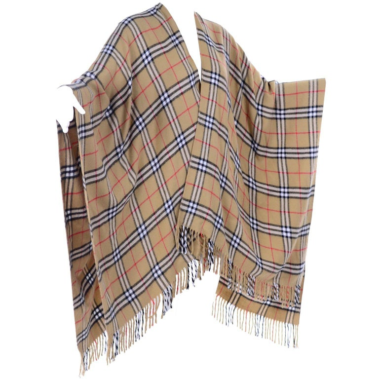 Cashmere Wool Blend Burberrys Vintage Nova Check Cape With Fringe For Sale