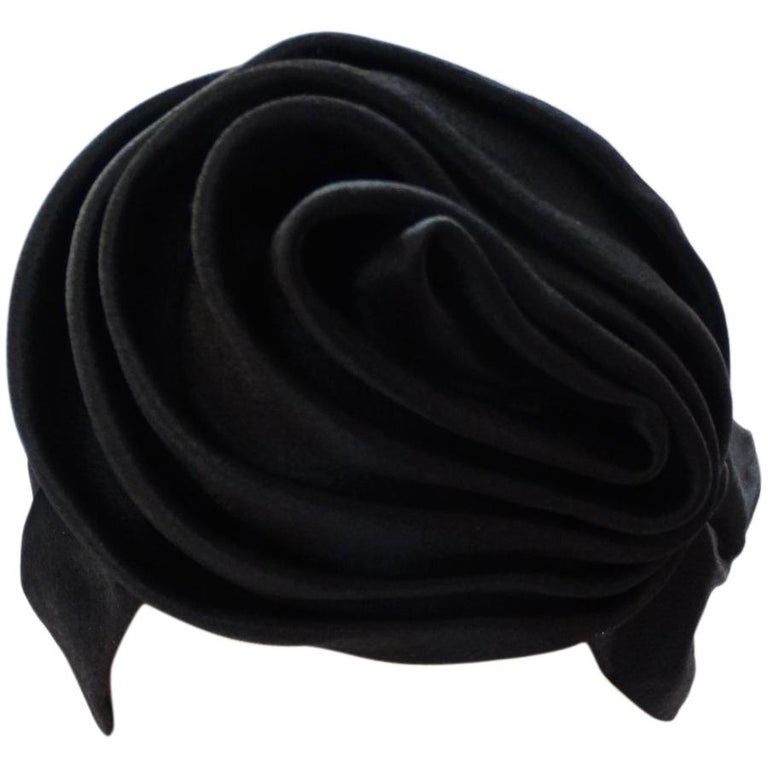 1960s Frank Olive Black Satin Rose Turban For Sale