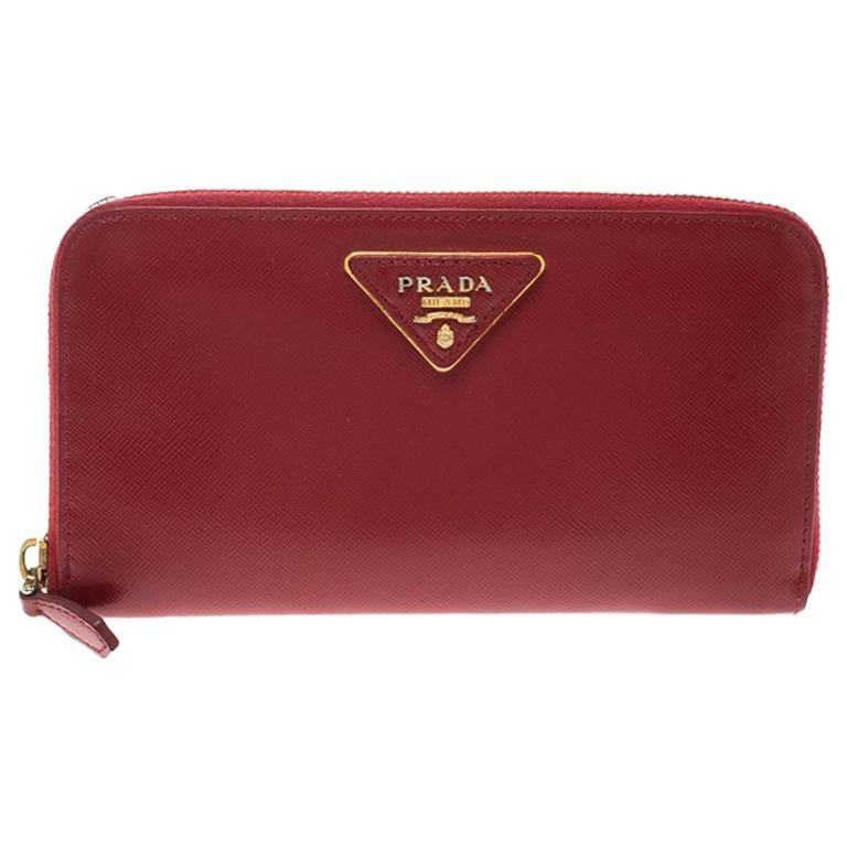 84cb4c933362 Prada Red Saffiano Leather Zip Around Wallet For Sale at 1stdibs