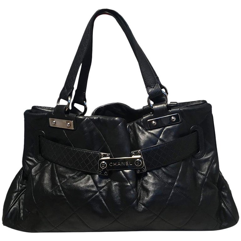 b0cd3a8c7a47 Chanel Quilted Black Leather Latch Front Tote Bag For Sale at 1stdibs