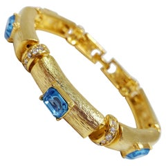 Kenneth Jay Lane Link Blue and White Crystal Bracelet in Gold