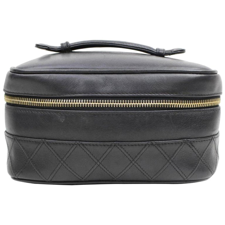 22894d6a1faf4d Chanel Vanity Case Quilted Lambskin Box 868036 Black Leather Satchel For  Sale