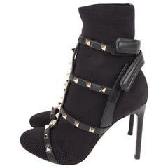 Valentino Rockstuds Sock Booties - black/gold