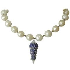 Gripoix unsigned blue poured glass drop faux pearl necklace