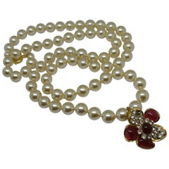 Chanel Gripoix Poured Glass faux pearl beaded flower drop Necklace